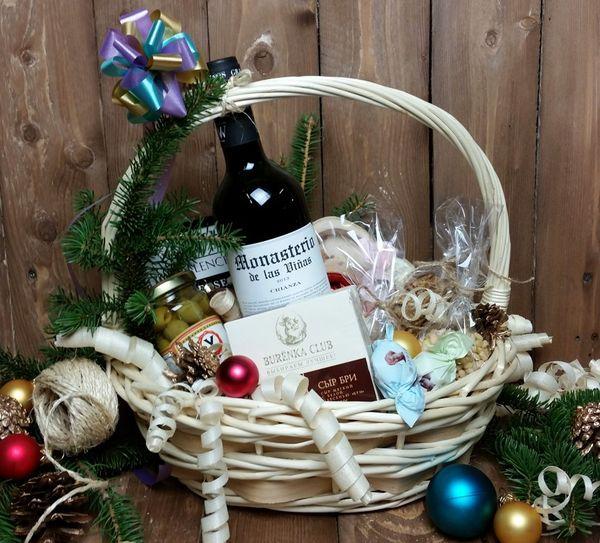 Подарочная корзина с вином 2