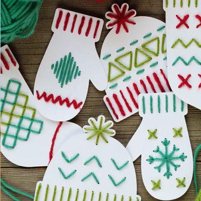 новогодние открытки в виде рукавичек